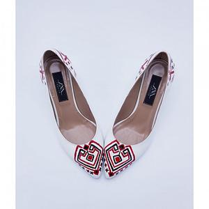 pantofi albi myra pictati manual model traditional l33 1