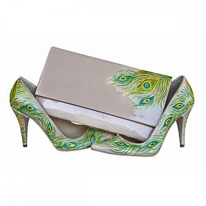 pantofi pana de paun pictati cu plic 1