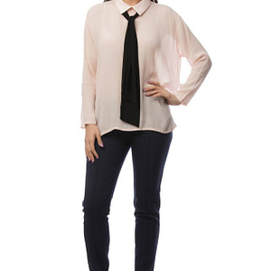 camasa roz accesorizata cu cravata neagra br1399 5829 1