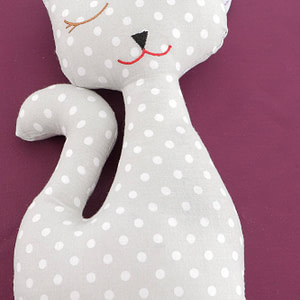 pisica gri cu lavanda naturala cu buline roh a0419 9034 1