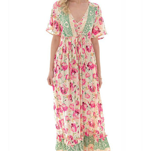 floral printed maxi dress with a ruffled hem aimelia dr4263 9739 1 e1617437712920