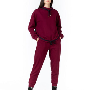 Trening burgundy scaled