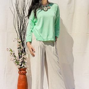 slouchy fit casual top with a shaped hem green aimelia br2416 9778 1 scaled