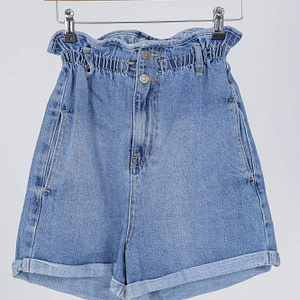 denim-shorts-aimelia-tr437-in-light-blue-with-a-paperbag-waist-9801-1