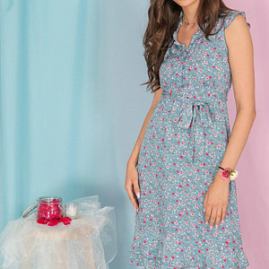 floral-tea-dress-aimelia-dr4298-in-powder-blue-with-a-frilled-neckline-9829-1
