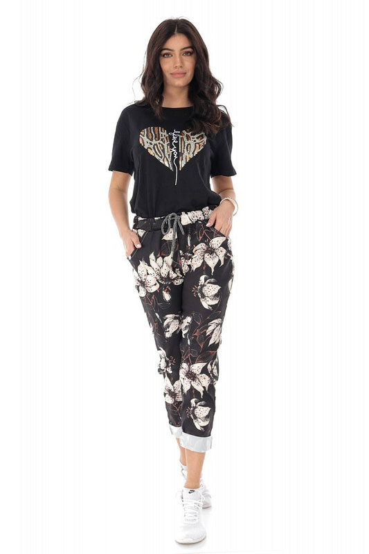 casual fit printed joggers with 2 side pockets black cream roh tr388 9421 1