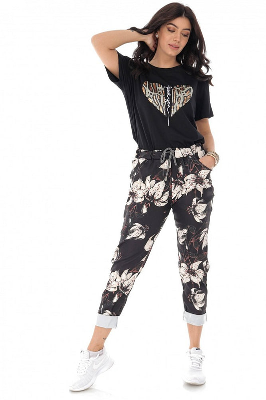 casual fit printed joggers with 2 side pockets black cream roh tr388 9421 2