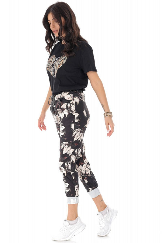casual fit printed joggers with 2 side pockets black cream roh tr388 9421 3