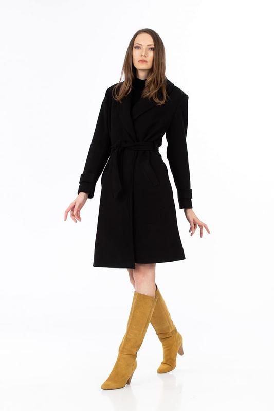 Palton negru cu cordon 2 scaled
