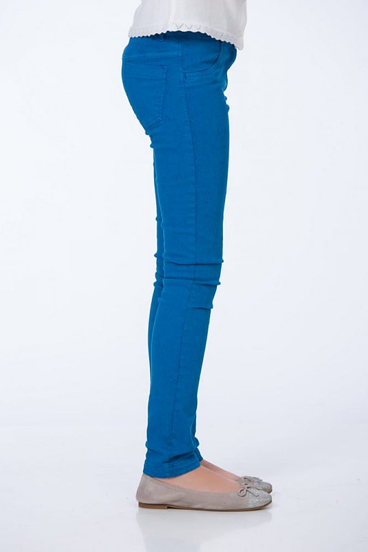 Pantaloni albastri 2 scaled