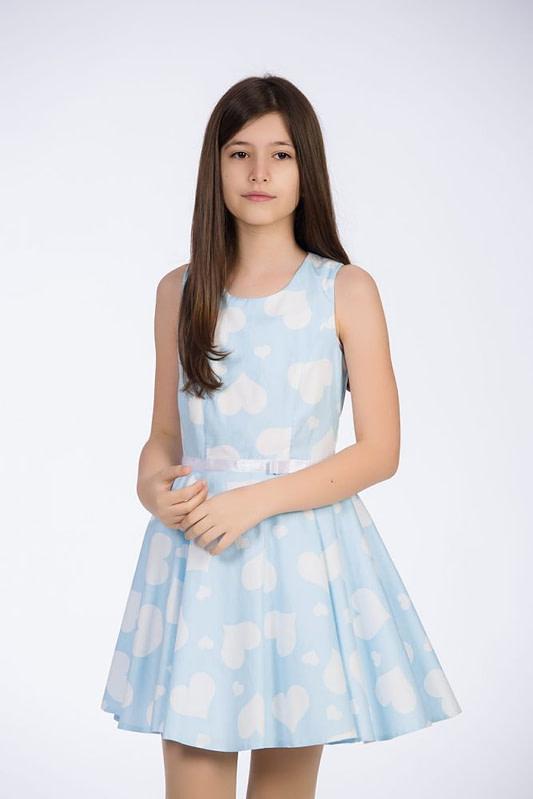 Rochie bleu cu inimioare albe pentru fete 1 scaled