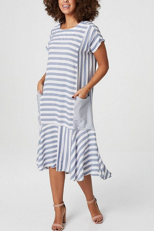 oversized-midi-dress-aimelia-dr4283-in-grey-and-white-stripes-and-large-pockets-9798-2