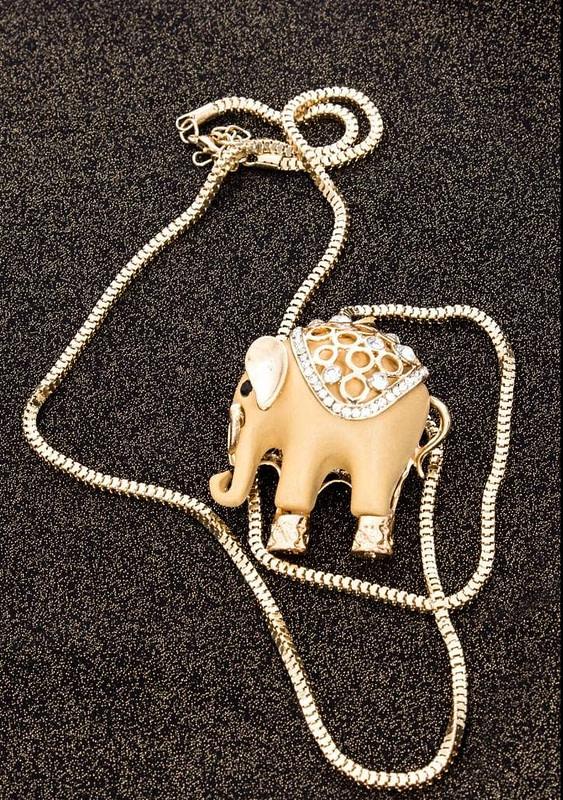 lantisor elefant a003 2183 2 e1613990910192